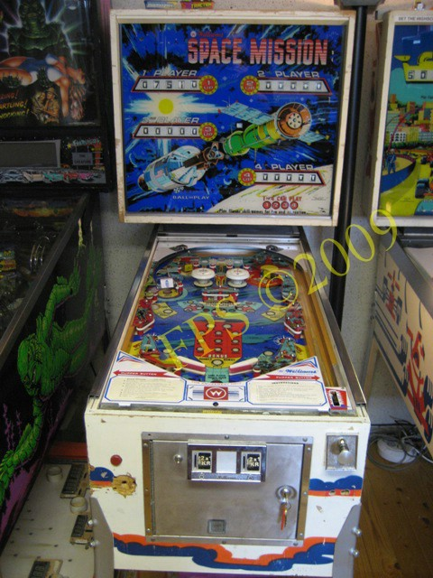 Williams Space Mission Pinball - Pics about space