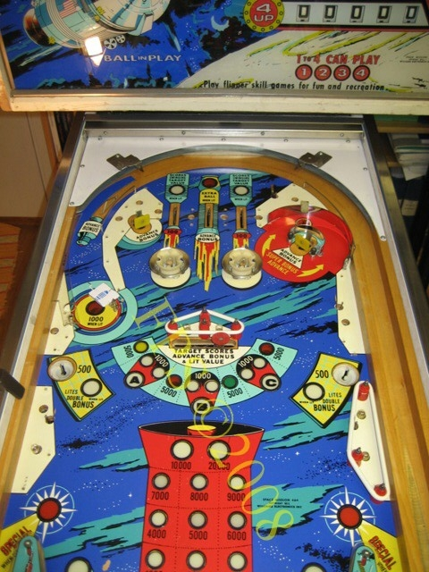 Fred 180 S Pinball Station Williams Space Mission Playfield